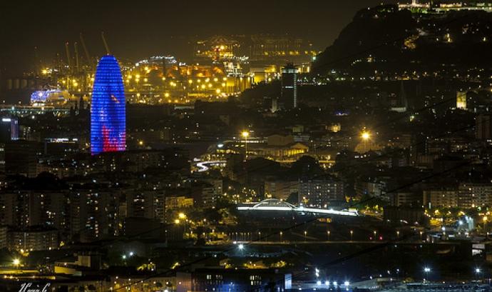 Barcelona at night. Imatge de Jordi Payà Font: