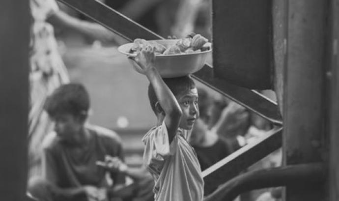 En els països afectats per la guerra la taxes de desnutrició poden arribar a superar el 30%. Font: Unsplash.