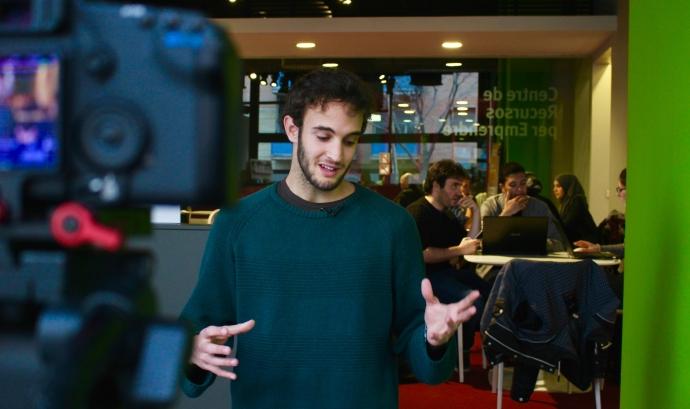 Ignasi Eiriz és el jove creador de la primera 'app' de moda sostenible.