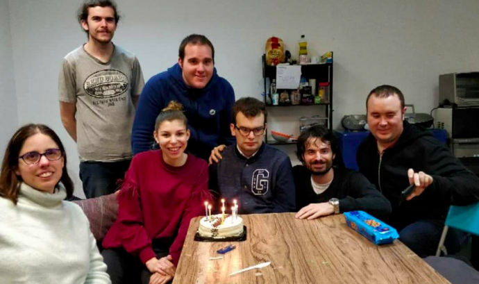 La fundació Friends, atén a persones amb Asperger o TEA d'alt funcionament.
