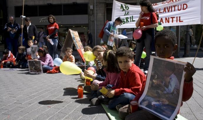Dia Internacional contra la esclavitud infantil. 2011 Font:  Ángel Cantero