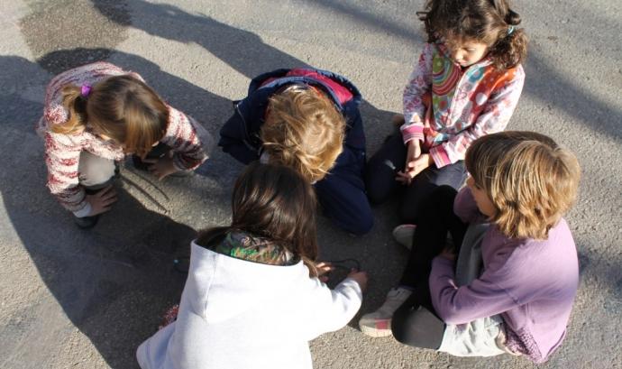 Infants jugant. Font: Ajuntament de Barcelona  Font: