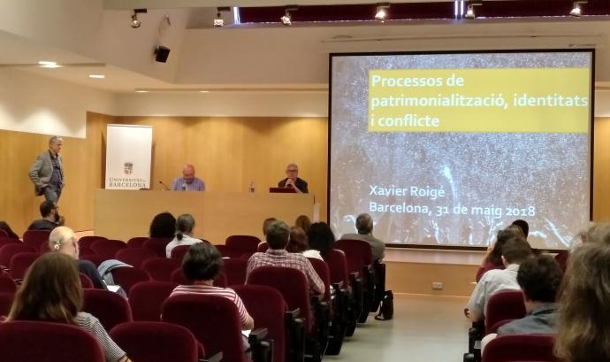 Imatge de la conferència de Xavier Roigé a la Universitat de Barcelona