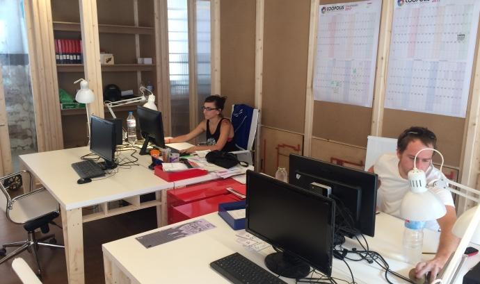 L'oficina de Coòpolis es troba a Can Batlló, l'espai autogestionat de Sants
