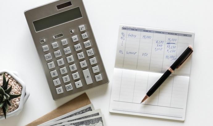 A l'octubre, algunes entitats han de fer el model 202, el segon pagament a compte.