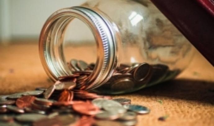 L'objectiu és conèixer elements fonamentals que ha de contenir el pressupost i saber quins són els criteris d'estimació dels ingressos i les despeses. Font: Unsplash.