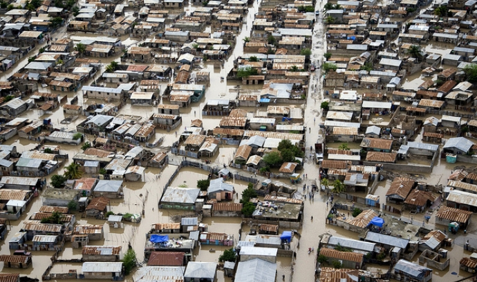 Cases inundades a Haití. Font: United Nations, Flickr Font: