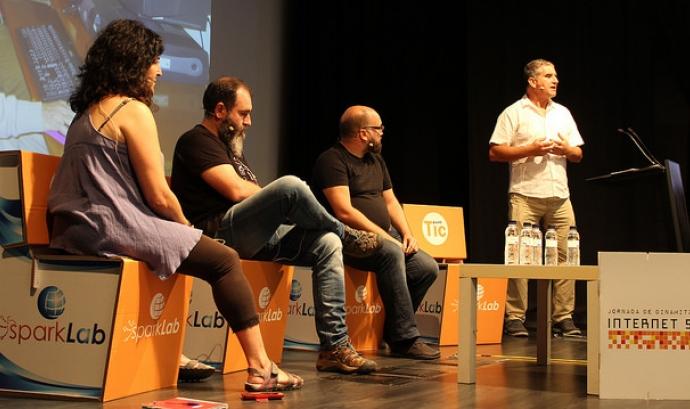 Presentació de l'associació a la Jornada de la Internet Social de 2017
