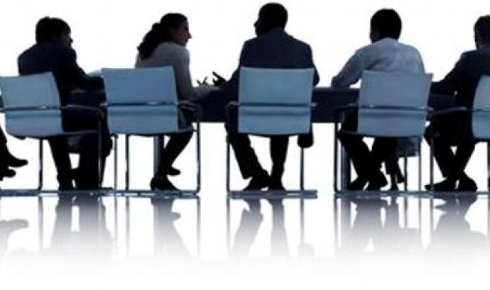 Membres d'una Junta directiva. Font: Web de Open Font: