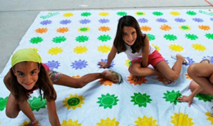 'Tots junts som blaus', el Dia Mundial de la Conscienciació sobre l'Autisme - Foto: Ajunts Font: