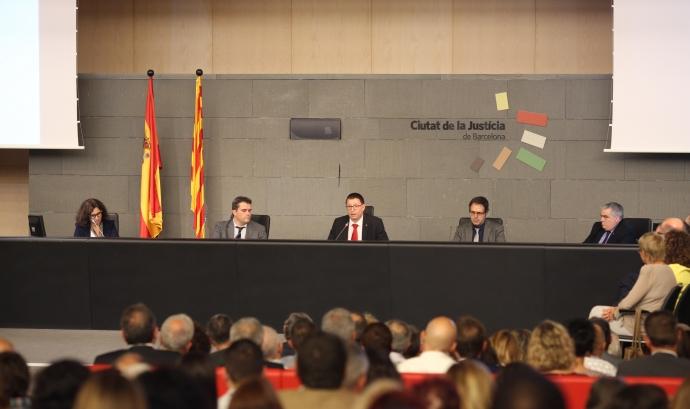 Acte d'entrega del reconeixement. Font: www.justiciaipau.org Font: