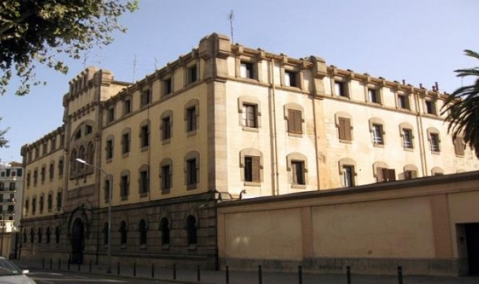 El Centre Penitenciari d'Homes de Barcelona, també conegut com la Model. Font: Wikipedia Font: