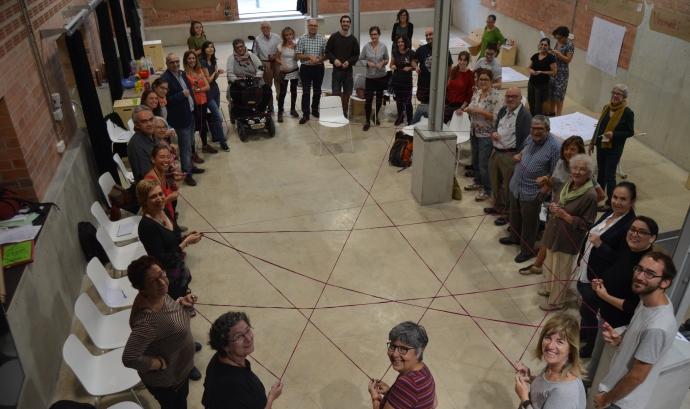 Sessió informativa del primer trimestre de formació de l'escola comunitària La Troca Font: La Troca