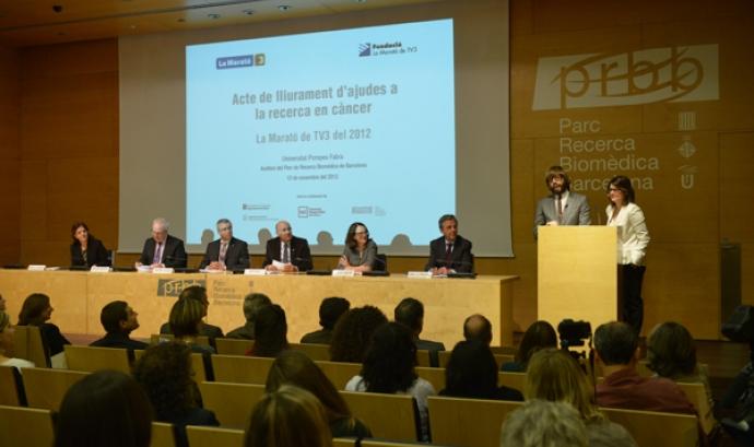 Lliurament d'ajudes per la recerca en càncer. Font: LA Marató de TV3 Font: