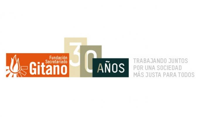 Logotip dels 30 anys de la Fundación Secretariado Gitano Font: