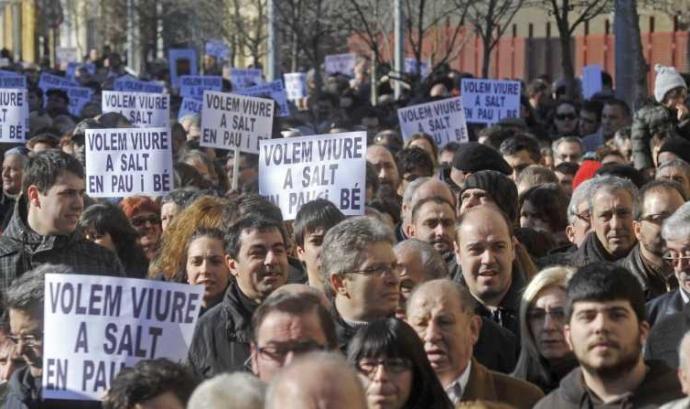 Manifestació a favor de la convivència a Salt, any 2011 Font: