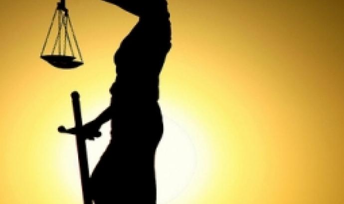 La justicia fotografiada per Ilkin (CC).