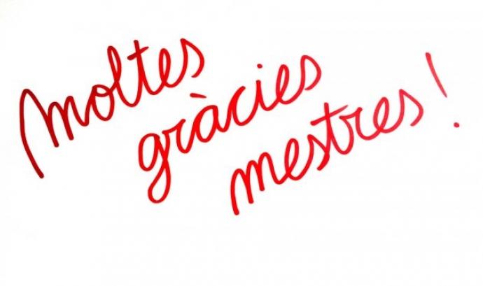 """Campanya """"Moltes gràcies mestres"""" de l'Associació de Mestres Rosa Sensat"""