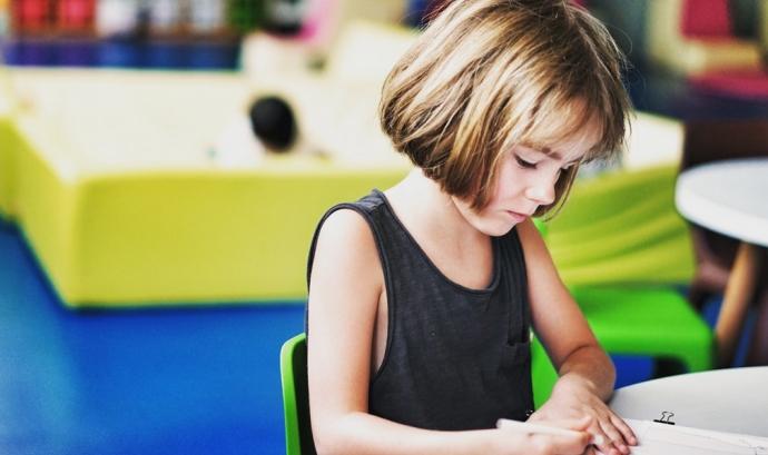 El Pacte per a la Infància i la Llei de drets i oportunitats dels infants és un pas important, però cal el desplegament total de les normes.  Font: Unsplash