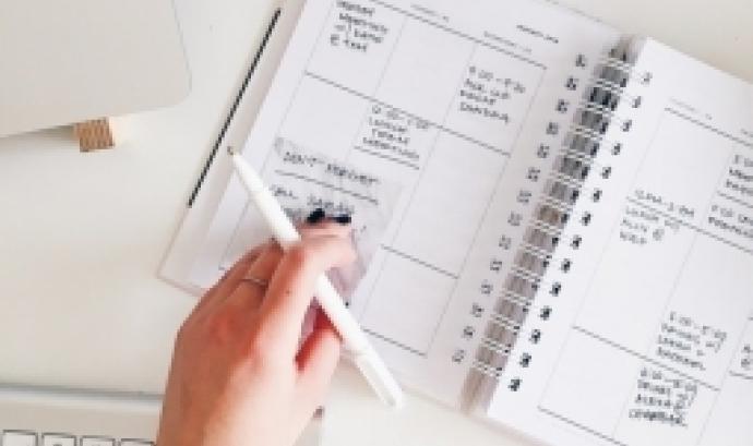 L'objectiu de la formació és revisar els aspectes més importants de la fiscalitat de les fundacions. Font: Unsplash.