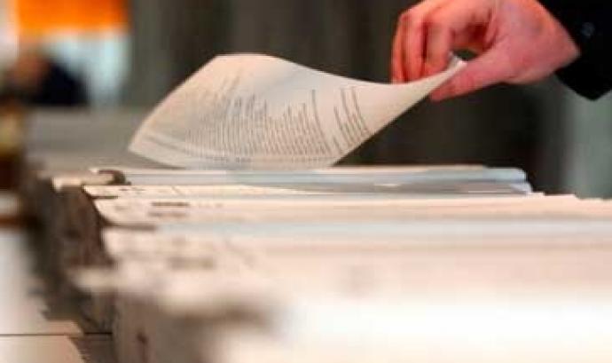 Paperetes de vot. Font: web d'EAPN Font: