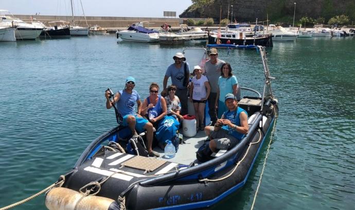 La iniciativa es fa el marc del projecte 'Dofins de tramuntana' de l'associació Submón. Font: Submón