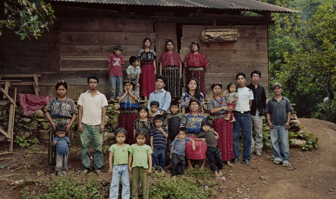Un grup maia. Imatge CC de humanrightsfilmfestival a Flickr