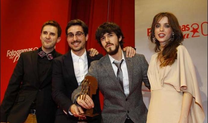 Oriol Martínez i Enric Ribes recollint el premi Font: