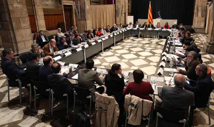 Fotografia de la reunió del 3 de maig. Font: web tercersector.cat Font: