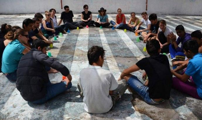 Servei Civil Internacional ofereix una sèrie de propostes d'intercanvi juvenil enfocades a jovent d'entre 18 i 25 anys.  Font: Servei Civil Internacional