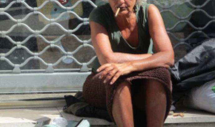 Dona sense llar. Font: Pixabay