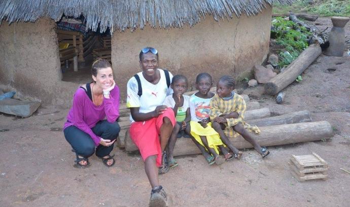 En Sidi amb infants senegalesos.