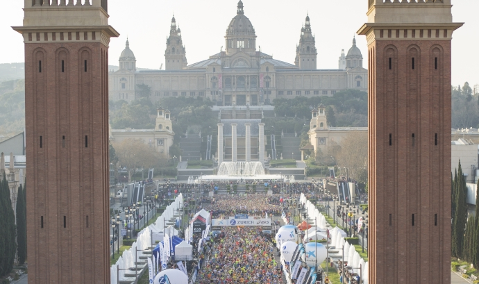 Sortida de la Zurich Marató de Barcelona Font: Zurich Marató de Barcelona