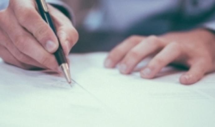 El programa abordarà temes com el règim jurídic, el règim d'adscripció i el control econòmic financer. Font: Unsplash.