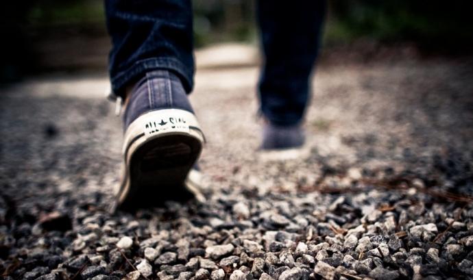 Persona caminant. Font: Pixabay