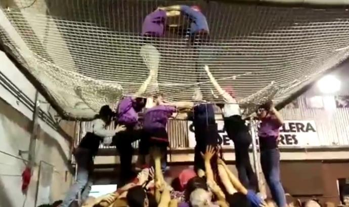 Assaig de la Colla Castellera de Figueres amb la xarxa actual (TotSuma.cat).