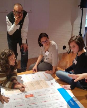 Participants a un seminari de la Fundació SER.GI