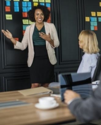 L'objectiu és obtenir coneixements bàsics sobre la metodologia coaching com a fórmula de desenvolupament personal. Font: Unsplash.