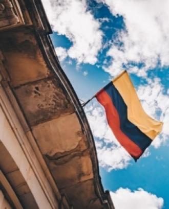 La jornada abordarà preguntes com 'En quin punt està la implementació dels Acords de Pau de La Habana?'. Font: Unsplash.