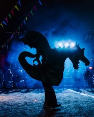 Un drac a contrallum en un acte popular