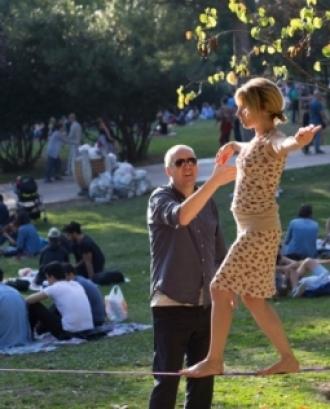 Equilibrisme a un parc. Font: pXhere