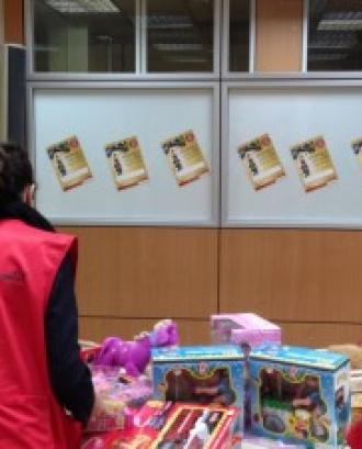 Imatge voluntaria Creu Roja Joventut. Font: Web Creu Roja
