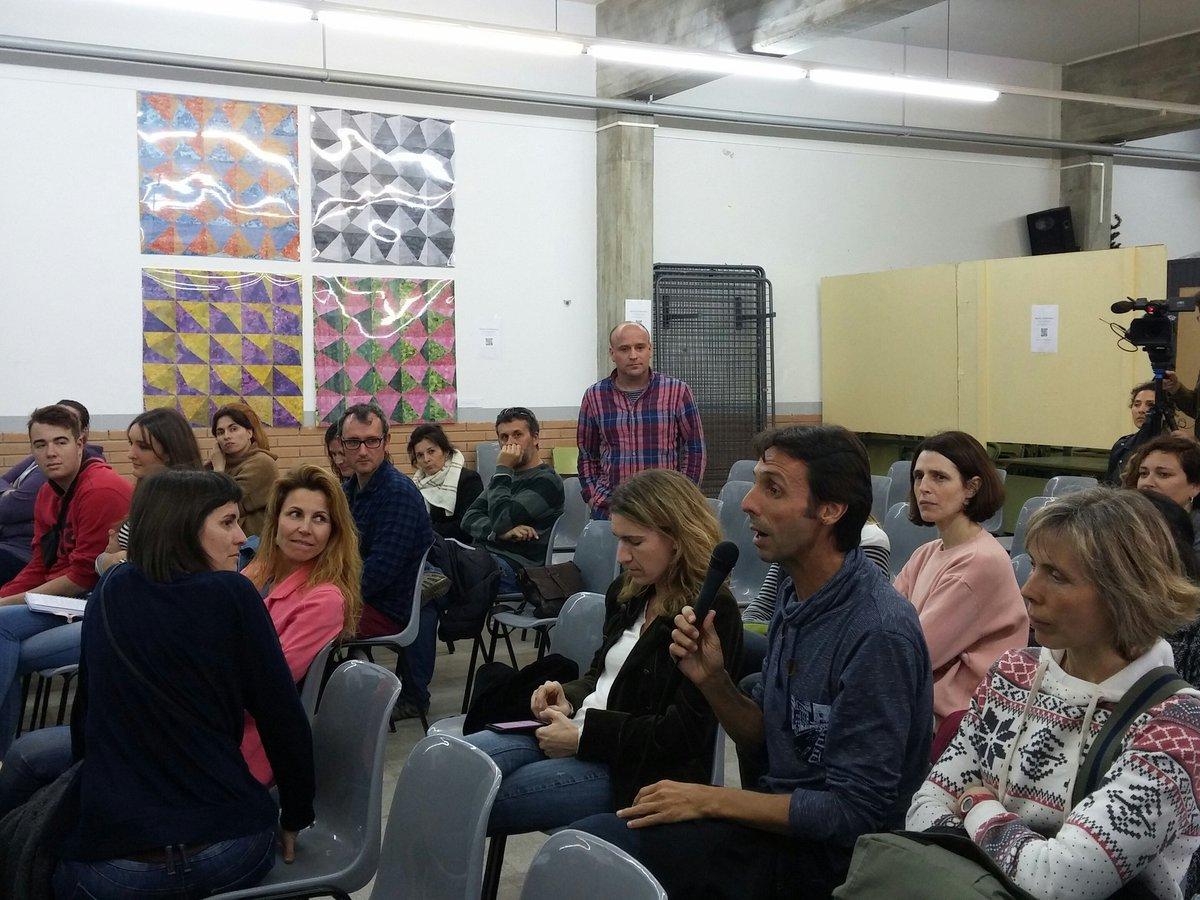 Torn de paraula en la conferència #Aprendreperprojectes