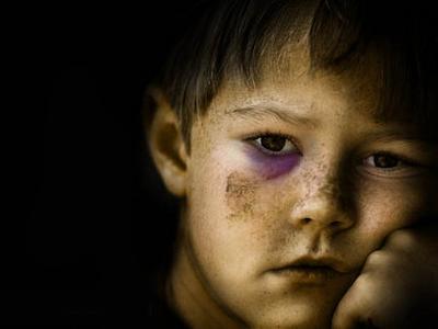 Imatge La Vanguardia: Violència Infància